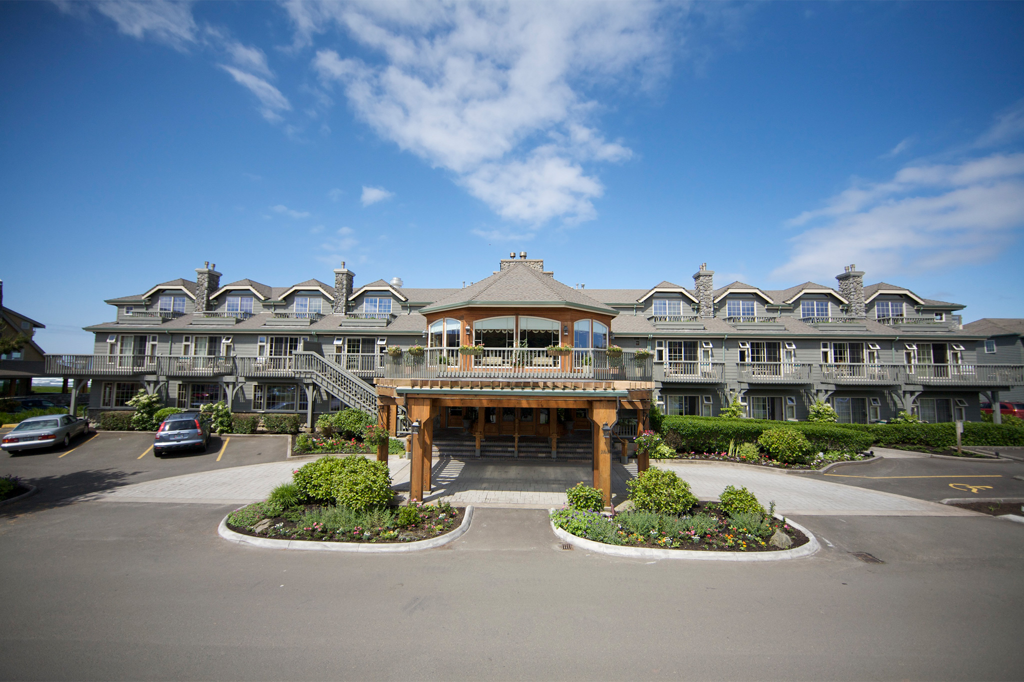 Stephanie Inn Oceanfront Hotel In Cannon Beach Oregon